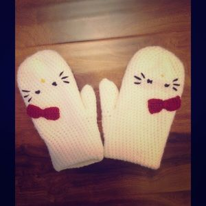 Hand knitted Hello Kitty mittens