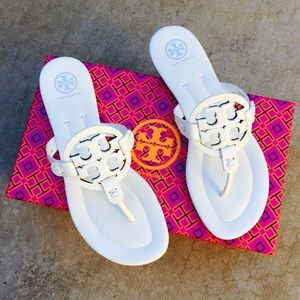 ✨🆕✨{Tory Burch} White Miller 2 Sandals