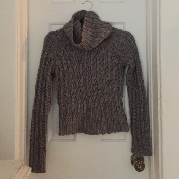 69da7630db Cozy cowl neck chunky knit gray wool sweater XS