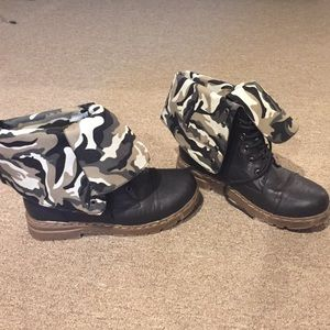 Shoes - Army Fold over Combat  Boots