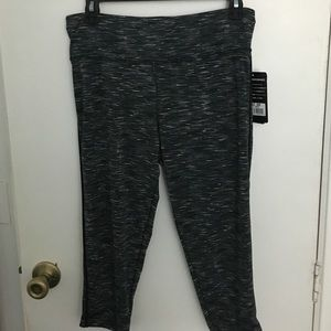 Game Time Pants - NWT Game Time rapid dry tech workout capris L
