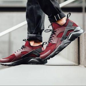 ✨🆕✨{Nike} Air Max Huarache Run Ultra