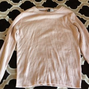 H&M DIVIDED Light Pink ribbed sweater