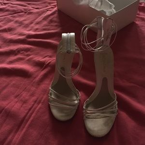 White BCBG girls leather white heels size 5 1/2