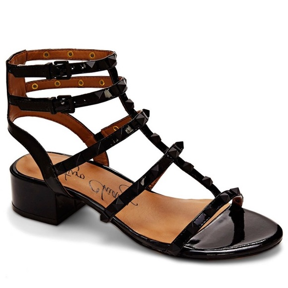 8584ffc190aa Arturo Chiang Shoes - NEW Arturo Chiang sandals
