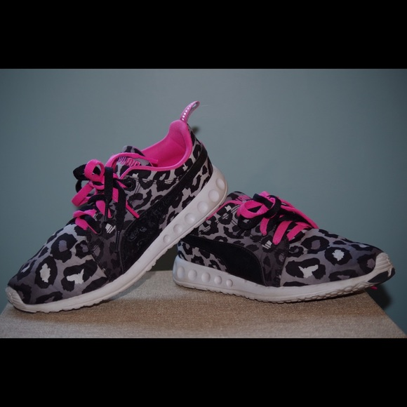 35017e77430358 Puma Shoes - Carson Women s Puma running shoes leopard print
