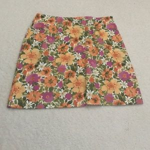 Jaclyn Smith Dresses & Skirts - Floral Jaclyn Smith skirt