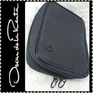 Oscar de la Renta Handbags - Oscar de la Renta Toiletry Bag