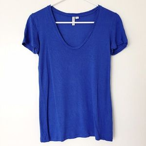 & Other Stories Tops - & Other Stories blue scoopneck tee size 4