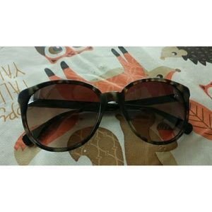 Coach s2045 Tortoise Sunglasses
