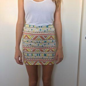 Nollie Dresses & Skirts - Aztec Print Pencil Skirt