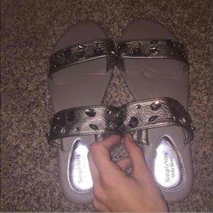 Simply Vera Vera wang sandals