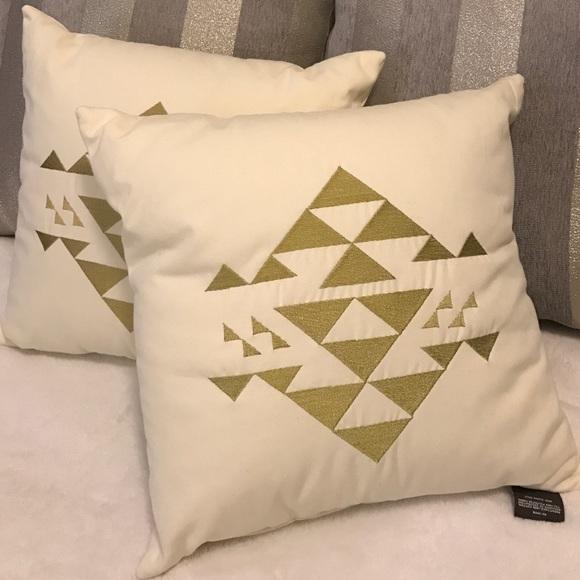 Nate Berkus Other Decorative Gold Geometric Pillows Bnwt Poshmark Interesting Nate Berkus Decorative Pillows