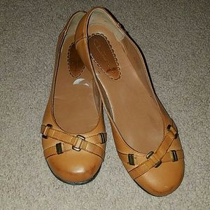 Chinese Laundry tan flats