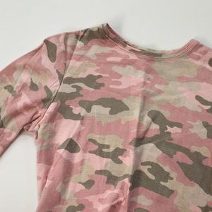 Isaac Mizrahi Tops - Girly camo top