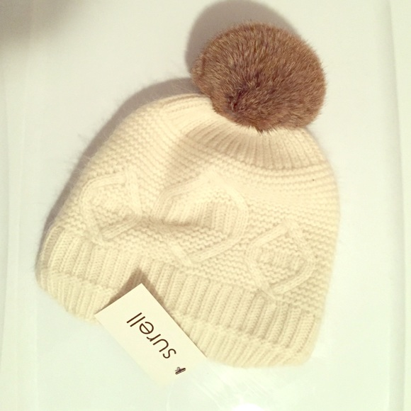 fd77e733a27 Surell NWT real rabbit fur hat - one size