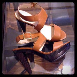 Levity Shoes - Leather Platform Heels🍸