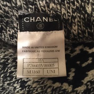 how to tell if a chanel scarf is authentic