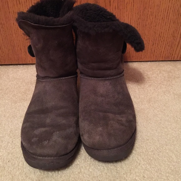 Short Dark Brown Bailey Button Uggs