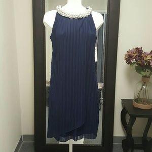 Donna Ricco Dresses & Skirts - Donna Ricco Embellished Neck Chiffon Shift Dress.