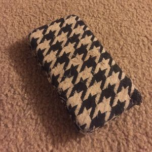 Houndstooth wallet