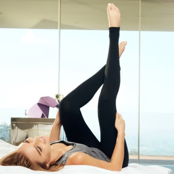 Yoga Pants Katie: 77% Off Electric Yoga Pants