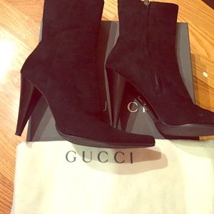 AUTHENTIC Gucci high heeled suede boots