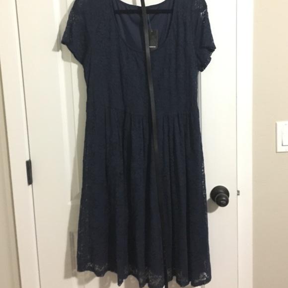 NWT navy blue lace skater dress Torrid sz 1 fe99eb610