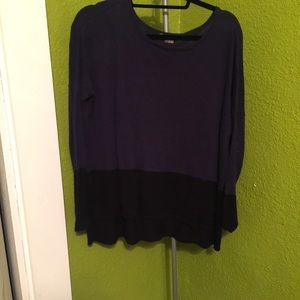 Vince Tunic Sweater Navy and Black size small
