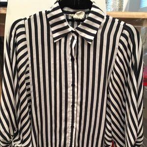 Sans Souci black and white blouse