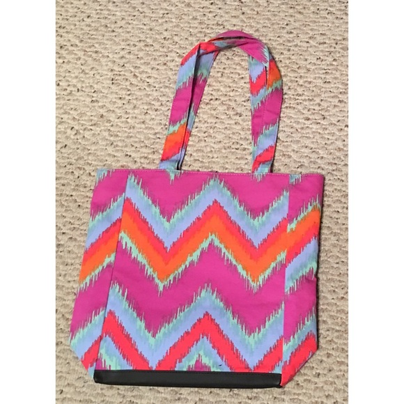 Luci Bags Bags - Blazing Ikat Tote Large Display Window Pockets