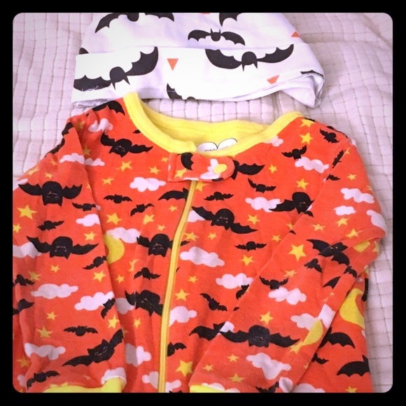 9 mo infant halloween pjs