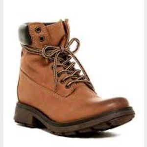 New Steve Madden Parley boot in Cognac leather
