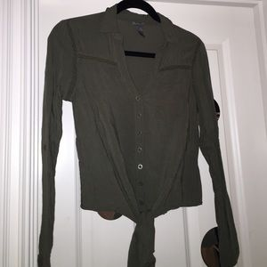 Green Long Sleeve Shirt with Tie