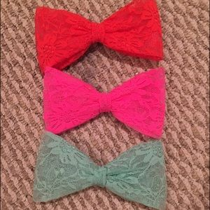 3 Large Lace Bow Hair Clip