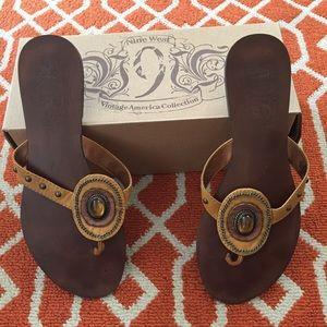 Nine West Sandals Size 9.5