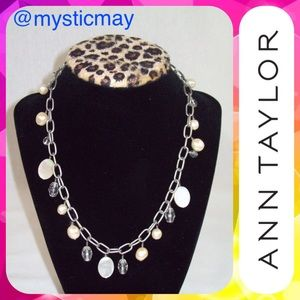 ANN TAYLOR Oval Mother of Pearl Choker Necklace