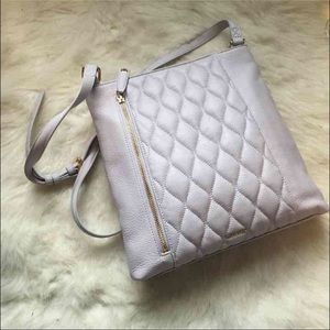 Vera Bradley Handbags - NEW Cloud Grey Quilted Leather Hipster