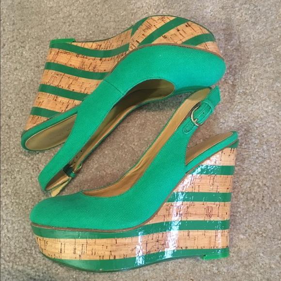 0318b35147d Nine West Shoes - ⚡️SALE⚡️Nine West emerald green wedges