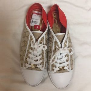 Shoes - Michael Kors Sneakers Rare