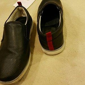6d0f7b3c429 Steve Madden Shoes - Boys Steve Madden slip ons