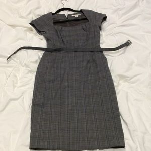 Banana republic short sleeve gray plaid dress