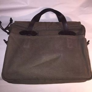 Filson Bags - authenic FILSON zip top CROSSBODY laptop bag $389
