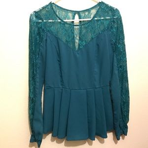 lace turquoise top ❤️