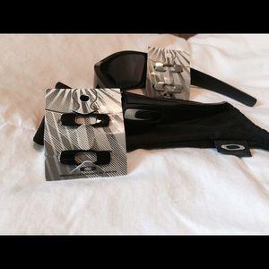 Oakley Other - New batwolf Oakley sunglasses
