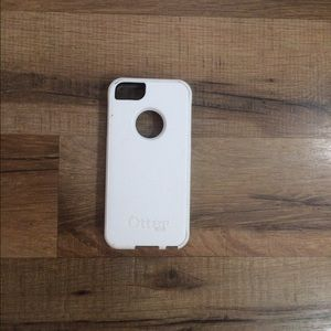 OtterBox Accessories - ⭐️FLASH SALE! iPhone 5S Otterbox⭐️