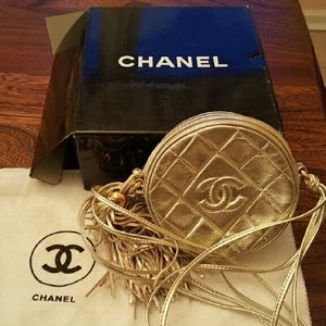 Chanel vintage crossbody bag from mid 1980s