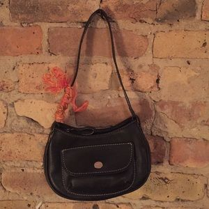 Cute mini purse. Perfect for phone, keys, makeup.