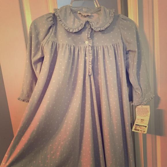 79ae4c33c8 Strasburg Girls Flannel Nightgown. M 58458002f092828d6c03fcdb