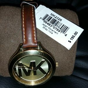 MK Leather banded watch NWT.